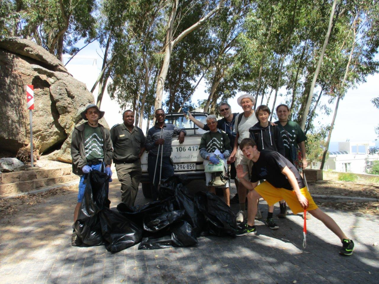 Clean up team (FLASH and SanParks)